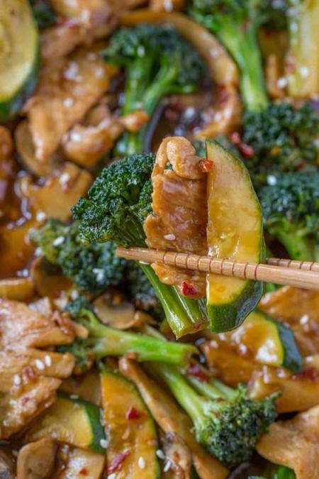 Hunan chicken Stir Fry bite