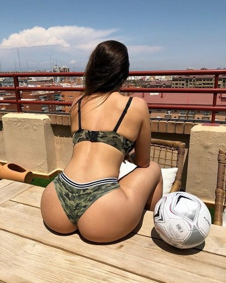 soyneiva 24 5 2018 12 5 54 728 Its a lovely day for the Triple B (43 Photos)