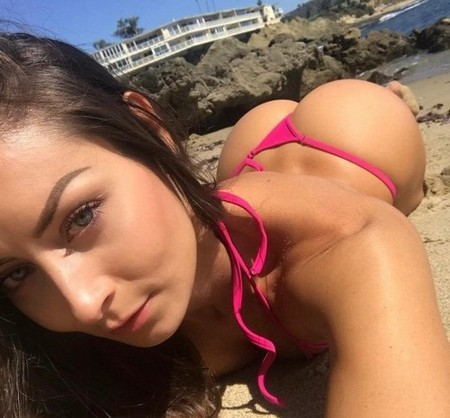 stephaniefitmarie 29714489 2027265167494082 7382165435900231680 n Monday is the perfect day for the butt over back (62 Photos)