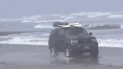 proof that people shouldnt be allowed anywhere near a motor vehicle 14 gifs 611 Proof that some people shouldnt be allowed anywhere near a motor vehicle (14 GIFs)