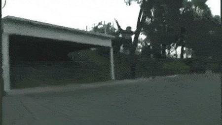 proof that people shouldnt be allowed anywhere near a motor vehicle 14 gifs 711 Proof that some people shouldnt be allowed anywhere near a motor vehicle (14 GIFs)