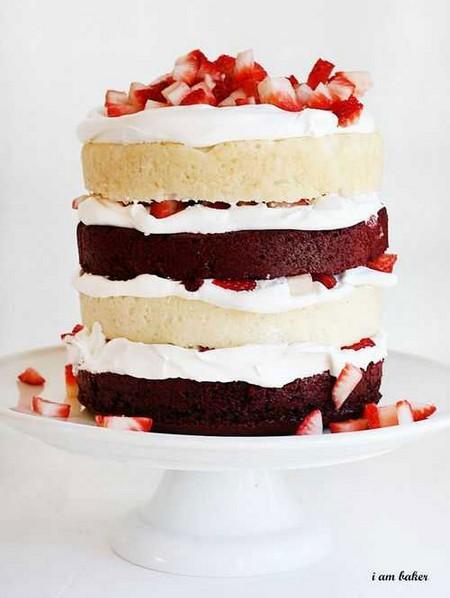 red-velvet-strawberry-shortcake-iambaker