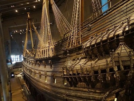 800px vasa ship by hanay 34 A look at some ships whove paid a visit to Davy Jones (10 Photos)