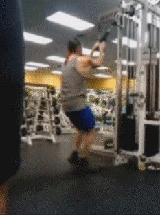 its fail day at the gym gifs 22 People who didnt skip Fail Day at the gym (16 GIFs)