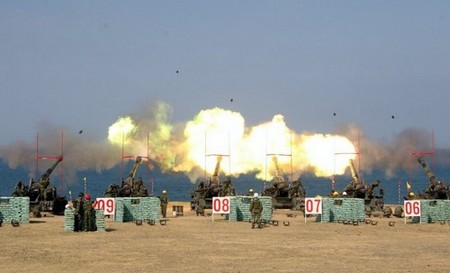 perfectly timed firepower in high res 99 hq photos 2549 Perfectly timed FIREPOWER in High Res (99 HQ Photos)