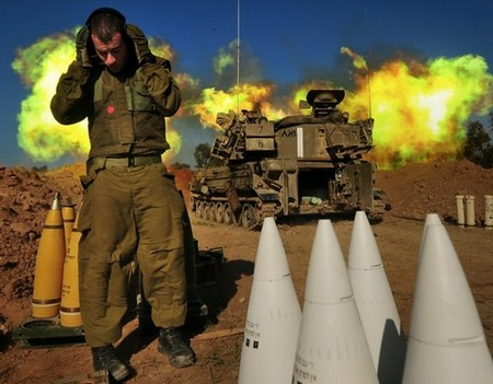 perfectly timed firepower in high res 99 hq photos 2530 Perfectly timed FIREPOWER in High Res (99 HQ Photos)