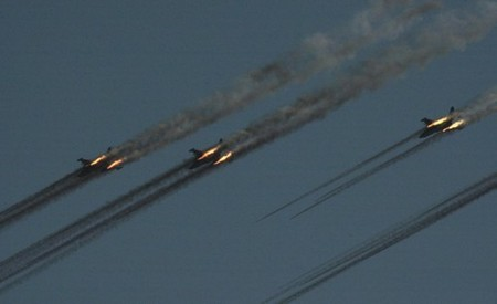 perfectly timed firepower in high res 99 hq photos 2559 Perfectly timed FIREPOWER in High Res (99 HQ Photos)