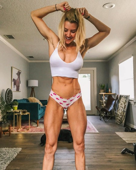 jordanke 33248014 189179681740447 7870588287872663552 n Girls with six packs, intimidating or hot? you be the judge (52 Photos)