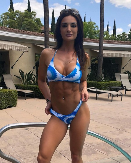 whitneyjohns 32063823 1662393440523098 6747785013795749888 n Girls with six packs, intimidating or hot? you be the judge (52 Photos)