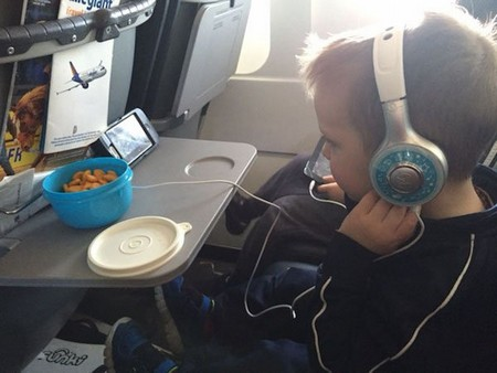 snacks for toddlers carpe diem our way You can actually bring some insane things on an airplane (22 Photos)