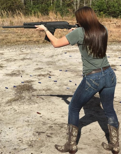 country girl pursuing a gunsmith degree in college 2514 Country girl pursuing a gunsmith degree in college (36 Photos)