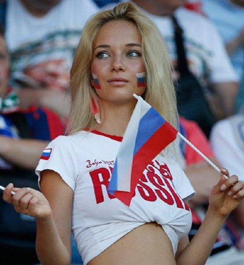 girls who watch sports are heating up during these dog days of august 35 photos 7 Girls who watch sports are heating up this summer (35 Photos)