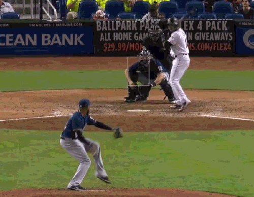 these pitches are as filthy as they were unhittable 15 gifs 56 These pitches are as filthy as they were unhittable (15 GIFs)