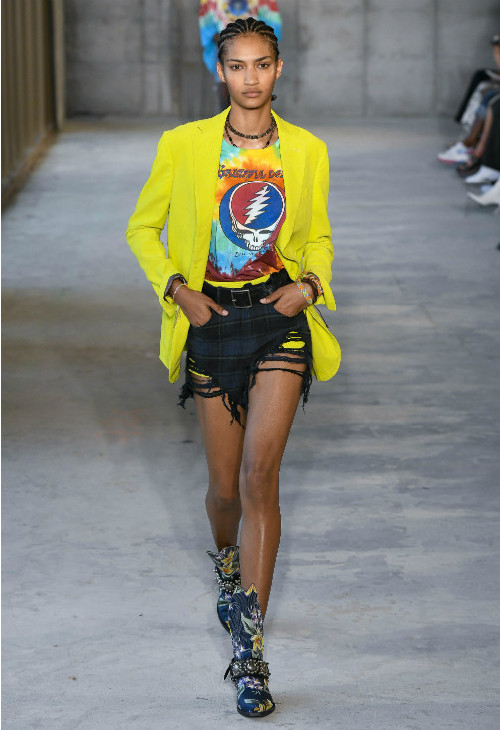 5 Throwback Trends That Resurfaced On The Runways At New York Fashion Week
