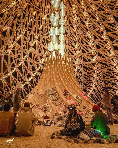 bnkglalfepl 1 png 700 Burningman is like going to another planet (45 Photos)