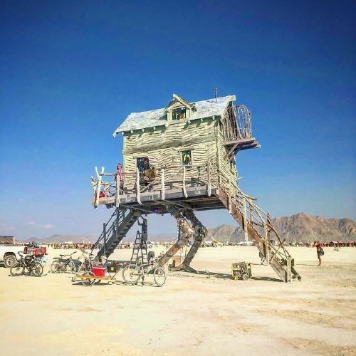 bng8tt1alxs png 700 Burningman is like going to another planet (45 Photos)
