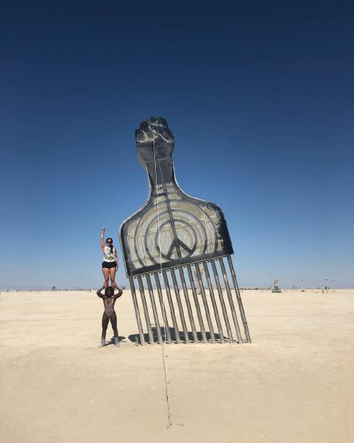 t el 39915854 2155547481333425 1113708491849072640 n Burningman is like going to another planet (45 Photos)