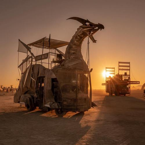 2ndfloorguy 40583241 1083912541772699 2013176962637365248 n Burningman is like going to another planet (45 Photos)