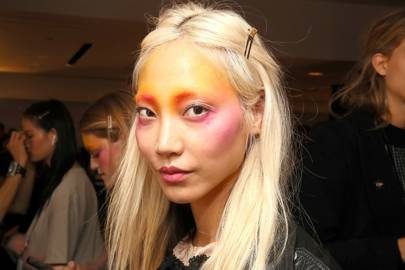 Contour trend 'draping' is the backstage secret you need to know from fashion week