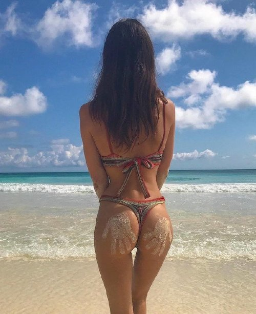 79d12695973f8ffd40edd8e81ac9d1dd Gaps can help cure the Monday Blues (40 Photos)