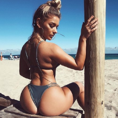 Look Back At It (34 photos)