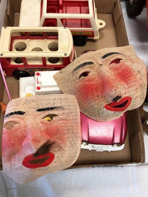 thrift shop steals and squeals 8 Thrift shop steals and squeals (38 photos)
