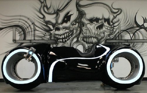 tron light cycle replica real life 680x452 Video game vehicles brought to life is fandom at its finest (22 Photos)