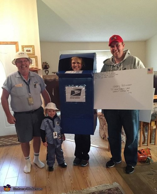 family halloween costumes 251 Fact: Families who dress together for Halloween get the most candy (45 Photos)