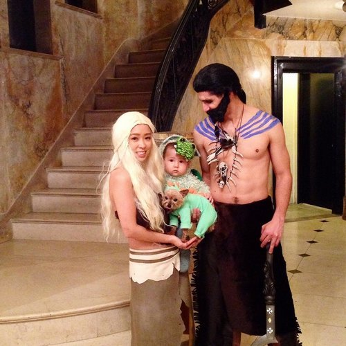 family halloween costumes 257 Fact: Families who dress together for Halloween get the most candy (45 Photos)