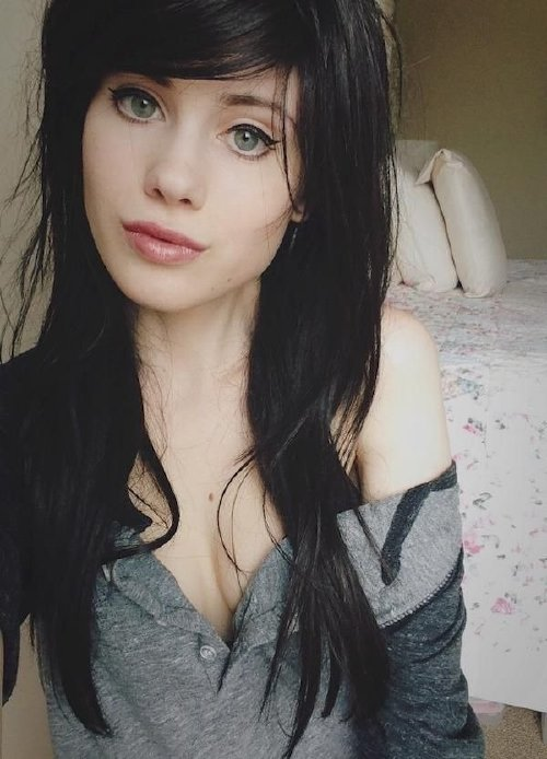 1621b2d9693830a21719c1701f9a87c6 Girls with dark hair and light eyes are true angels (38 Photos)
