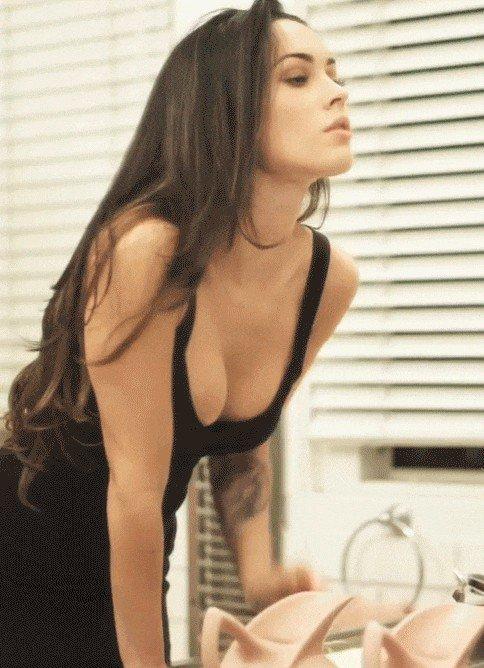 megan fox is exactly what her name says 15 gifs 842 Megan Fox is exactly what her name says (15 GIFs)