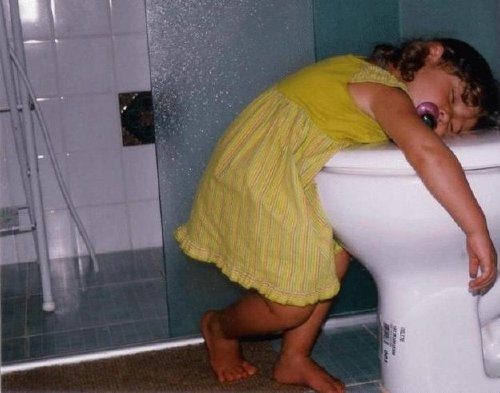 proof that kids are really just little drunk people 253 Proof that kids are really just little drunk people (35 Photos)