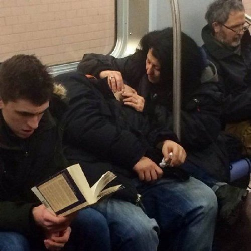 crazy people riding subway bizarre 10 Subways are not where normal happens (38 Photos)