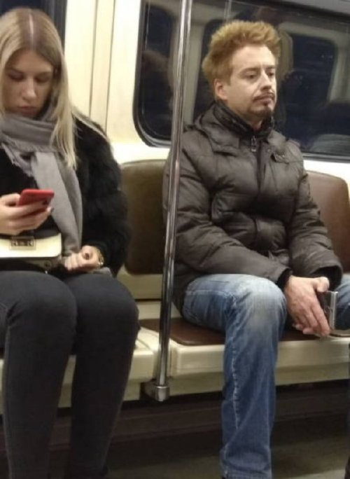 crazy people riding subway bizarre 21 Subways are not where normal happens (38 Photos)