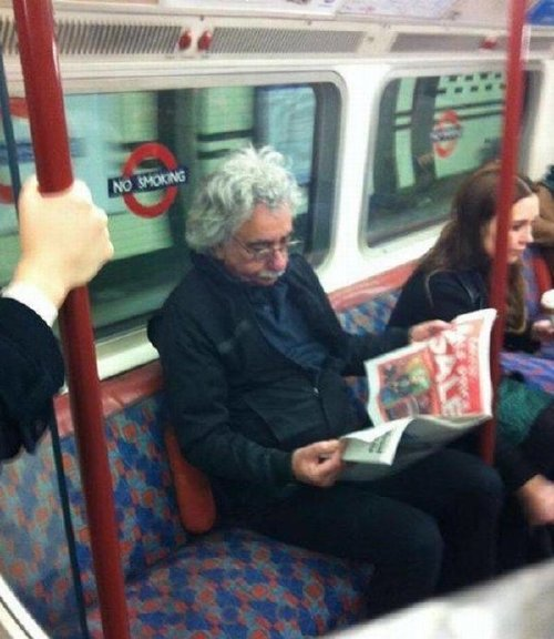 crazy people riding subway bizarre 6 Subways are not where normal happens (38 Photos)