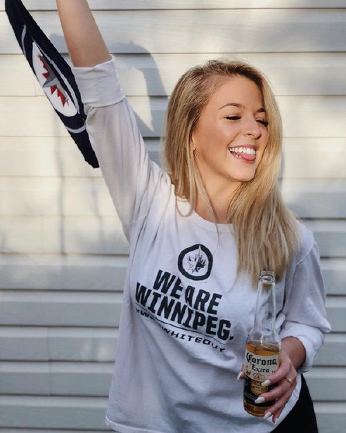 nicolezaajac 31666885 212978119299330 4925649798507266048 n copy The NHL is back and these sexy puck bunnies are in a league of their own (42 Photos)