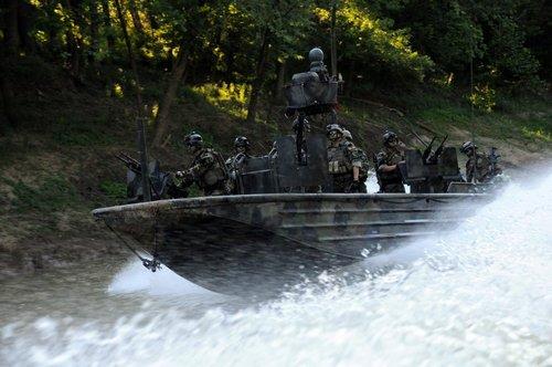 wallpaper pics seals will take your river 3 Wallpaper pics: SEALs will take your River (100 HQ Photos)