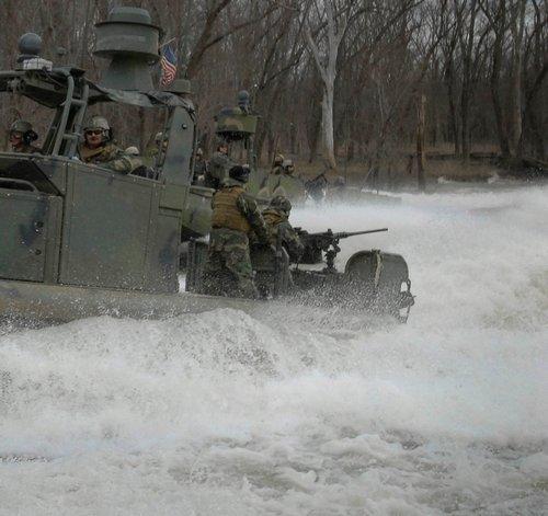 wallpaper pics seals will take your river 2565 Wallpaper pics: SEALs will take your River (100 HQ Photos)
