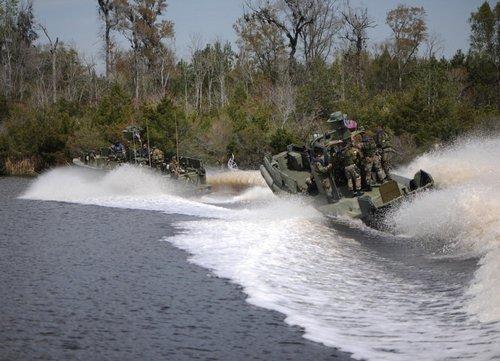 wallpaper pics seals will take your river 2516 Wallpaper pics: SEALs will take your River (100 HQ Photos)