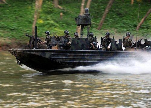 wallpaper pics seals will take your river 10 Wallpaper pics: SEALs will take your River (100 HQ Photos)