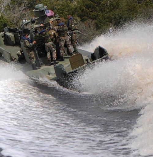 wallpaper pics seals will take your river 2564 Wallpaper pics: SEALs will take your River (100 HQ Photos)