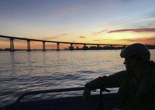 wallpaper pics seals will take your river 2510 Wallpaper pics: SEALs will take your River (100 HQ Photos)