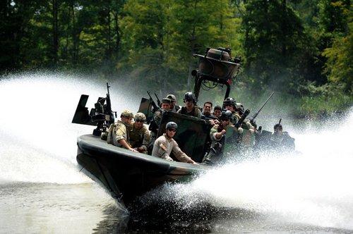 wallpaper pics seals will take your river 2560 Wallpaper pics: SEALs will take your River (100 HQ Photos)