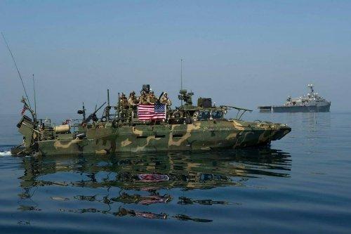 wallpaper pics seals will take your river 2530 Wallpaper pics: SEALs will take your River (100 HQ Photos)