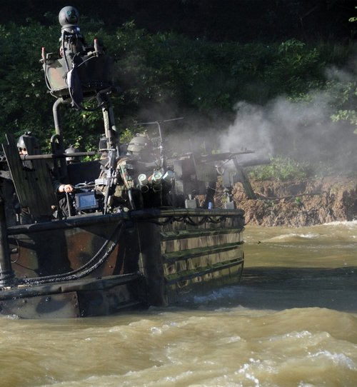 z6 seal river boats 960 8 Wallpaper pics: SEALs will take your River (100 HQ Photos)