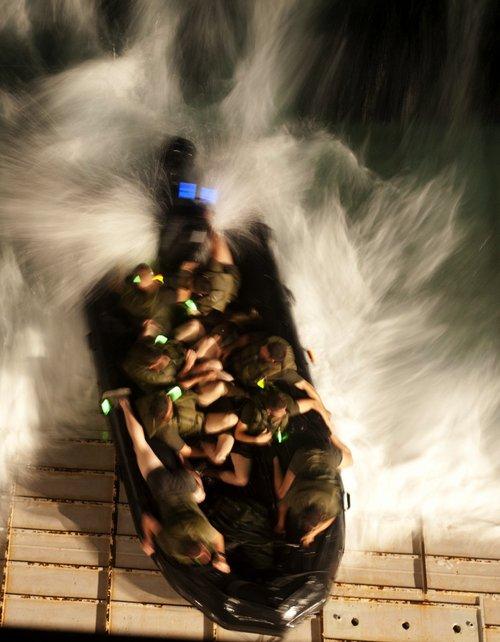 wallpaper pics seals will take your river 2557 Wallpaper pics: SEALs will take your River (100 HQ Photos)