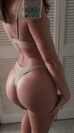 chivettes in motion 18 gifs 57 Whats better than a Chivette? A Chivette in motion (18 GIFs)