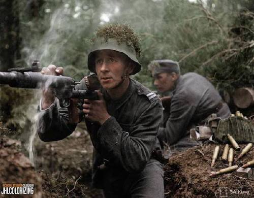 wwii colorized photos are a fascinating look at history xx photos 13 WWII colorized photos are a fascinating look at history (44 Photos)