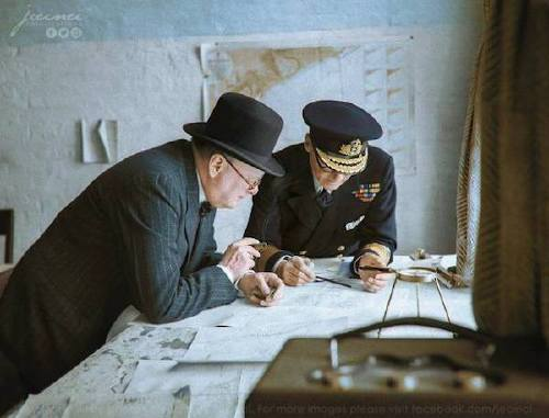wwii colorized photos are a fascinating look at history xx photos 20 WWII colorized photos are a fascinating look at history (44 Photos)