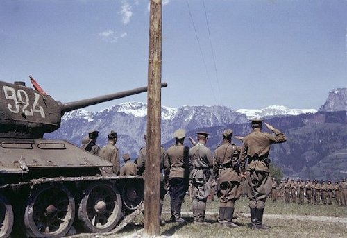 wwii colorized photos are a fascinating look at history xx photos 23 WWII colorized photos are a fascinating look at history (44 Photos)